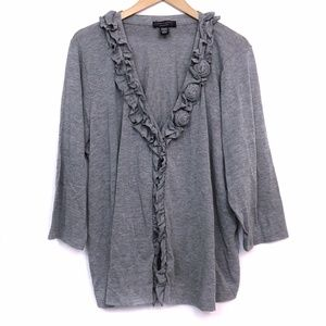 CABLE GAUGE Gray Ruffle Floral 3/4 Sleeve Cardigan